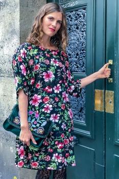 Klara Kjóll - Bleik Blóm Viscose image